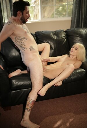 Small bad girl Elsa Jean seduces her mother's boyfriend while she isn't at home