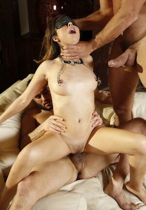 Lad fuck girl together and finish her with the help of Sybian sex machine