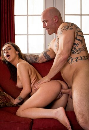 Brand-new holiday gift idea - babe gives innocent cunt to bald stepfather
