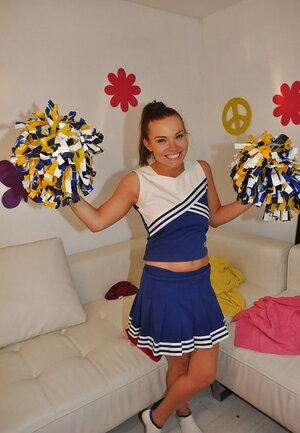 Teenage cheerleader with nice cherry gets tired of dancing and goes masturbating